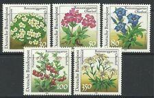 Timbres d'Allemagne et de ses anciennes colonies sur fleurs