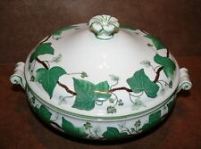 """Wedgwood NAPOLEON IVY GREEN 8"""" Round Covered Vegetable Bowl"""