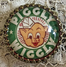 "PIGGLY WIGGLY 1 1/4""  GLASS DOME BUTTON Brass VINTAGE Advertising GROCERY STORE"