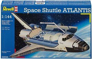 Revell 04544- 25.2 cm Space Shuttle Atlantis Model Kit