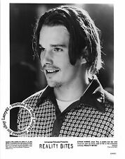 Ethan Hawke portrait MINT still REALITY BITES (1994) a cool poet musician