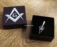 MASONIC TROWEL PIN BADGE / GOLD PLATED SQUARE & COMPASS G, BLUE LODGE GIFT