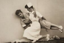 VINTAGE ARTISTIC VERNACULAR PHOTOGRAPHY FINE ART COMPOSITION WOMEN IN POSE PHOTO