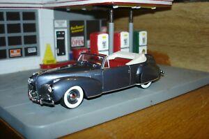 Minichamps 1941 Lincoln Continental1:43 NIB Ford 100 year Heart & Soul