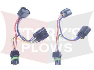 Chevy / GM Headlight Adapter Hiniker 38813109 HIR2 / HB3/H11 ( some 07-18 Read )