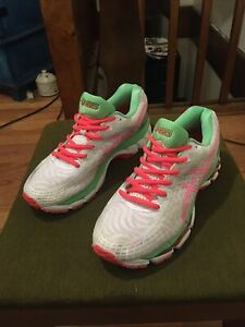 Asics Gel-Nimbus 17 Women's Athletic Running Shoes Sz 7.5 White Pink  Lime Green