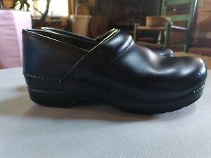 DANSKO Black Leather Professional Clogs Shoes SZ 10.5 11 Euro 41 Excellent