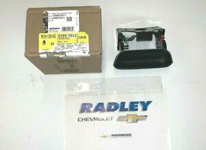 NEW OEM GM Black Tailgate Tail Gate Handle 15997911 B162