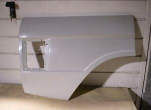 RANGE ROVER CLASSIC REAR WINGS  O/S MADE IN FIBERGLASS TOP QUALITY