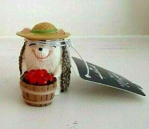 Hallmark merry miniature Hedgehog With Apples 2016