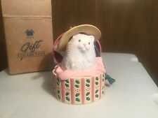 Avon Christmas Dress-up Ornament-- kitty in Hat Box