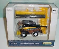 1/64 New Holland CR9090 2013 Farm Show Edition Combine W/Both Heads NIB! NEW
