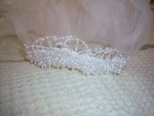 BEAUTIFUL VINTAGE BRIDES WEDDING VEIL / HEAD PIECE, BEADS & PEARLS HEAD PIECE