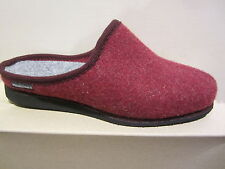 Frankenwald Ladies Slippers House Shoes With fur Lining, Red Footbed New
