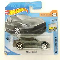 OSKR Hot Wheels 2020 - Factory Fresh 9/10 - Tesla Model 3 - Anthrazit - OVP 1:64