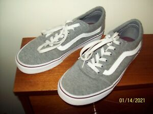 WOMENS GREY & WHITE VANS TENNIS SHOES SIZE 9 1/2 WORN VERY LITTLE