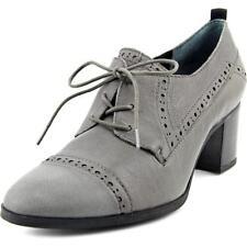Zapatos planos de mujer de color principal gris de piel talla 36