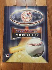 MLB New York Yankees School/Paper Folder-Perfect for 3-Ring Binder!