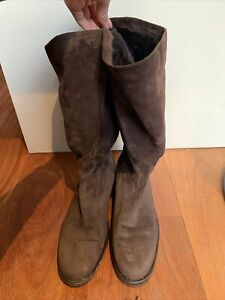 lora piana  Brown Suede Flat Boots With Fur Lining Size 40