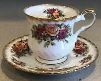English Garden by Elizabethan Bone China Footed Cup and Saucer          LS0497