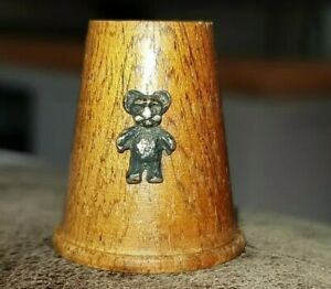 COLLECTABLE NOVELTY WOODEN THIMBLE WITH APPLIED SILVER METAL TEDDY BEAR