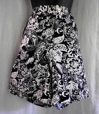 Ralph Lauren Short Size 10 NWT Black White Floral Paisley Cotton Blend Cuffs $70