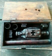 Antique F. Armstrong Bridgeport CT Pipe Threader Die Set W/ Original Box