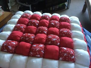Extra Large sized Bubble quilt bed for your pet