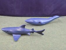 LOT of 2 SEA CREATURES 1 British Museum of Natural History Blue Whale + 1 ()