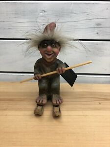 AS/NY Form Norway - Handcarved Wooden Troll on Skis - Article #804 - With Tag