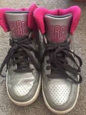 Scarpe da Ginnastica Nike Force High Top Taglia 4 WOMEN'S Ragazze Rosa Grigio Argento