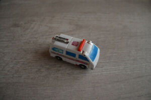 Figurine Transformers G1 Ambulance HASBRO 1986 (7x3cm) retro vintage