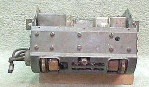 1940 Lincoln Zephyr AM Radio - L1760/L1761