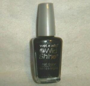 wet n wild***WILD SHINE***Nail Color #424A BLACK CREME~~0.43 fl oz/12.7 ml~~NEW
