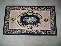"""Antique Vintage Floral Rug 53 1/2"""" x 31"""""""
