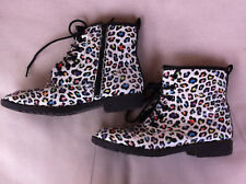 GIRLS B COLLECTION WHITE/MULTI COLOUR LEOPARD PRINT BOOTS SIZE:4 GC