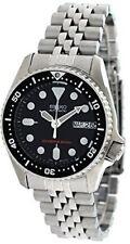 Seiko SKX 013 K 2 Black Dial Automatic Divers Midsize Watch Men's Watch