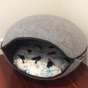 Pet Pod Bed Cave Cat Dog Felt Grey