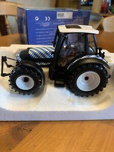 Universal Hobbies - Deutz Fahr Agrotron Tractor 1995 -2005