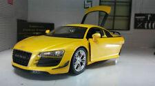 Voitures miniatures jaunes pour Audi