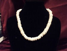 VINTAGE HAWIIAN LARGE PUKA SHELL   NECKLACE  82 GRAMS  1970's