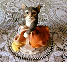 GORGEOUS FRANKLIN MINT 1986 MISCHIEF BY GAIL FERRETTI CATS PLAYING ORNAMENT