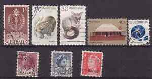 AUSTRALIA. 1955-1974  EIGHT OLD STAMPS.  USED.