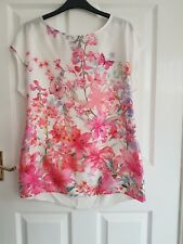 Beautiful Womens Floral Blouse Feminine White/Pink Silky Look Elegant Sz 12 New