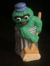Sesame Street Oscar the Grouch Trash Can Broom PVC Toy Figure Figurine Set