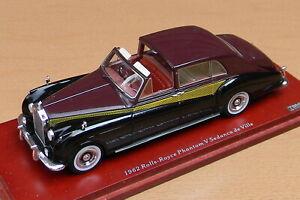 Truescale TSM124364 Rolls Royce Phantom V 1962 Sedanca de Ville Young 1:43 MIB