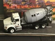 DHS 1:50 Scale INTERNATIONAL HX615 Cement Mixer