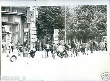 Dijon . photo de la manifestation contre la finale en argentine . 1978. Football
