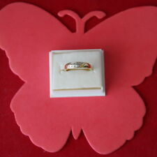 BEAUTIFUL 9CT SOLID YELLOW GOLD RING WITH 8 DIAMONDS SIZE N12 IN GIFT BOX