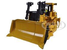 CAT CATERPILLAR D10T TRACK TYPE TRACTOR W/ OPERATOR 1/50 DIECAST MASTERS 85158
